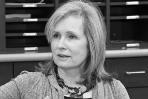 Rhonda Roland Shearer