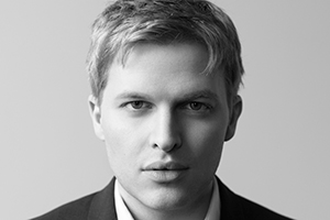 Image of Ronan Farrow